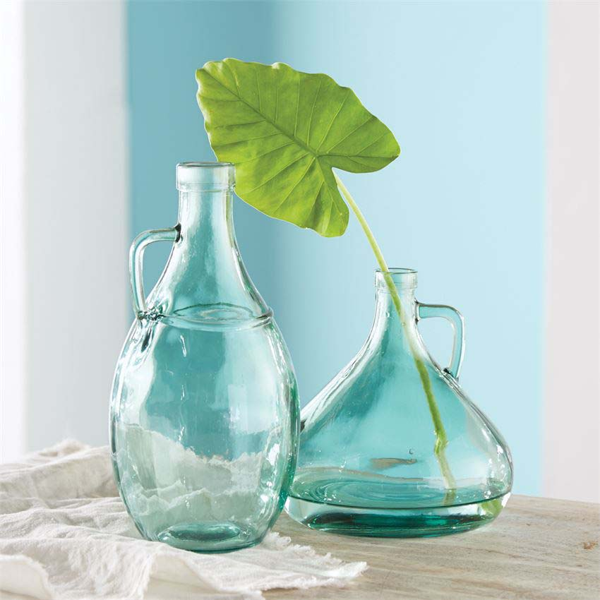 Vase - Short Green Vase With Handle 2